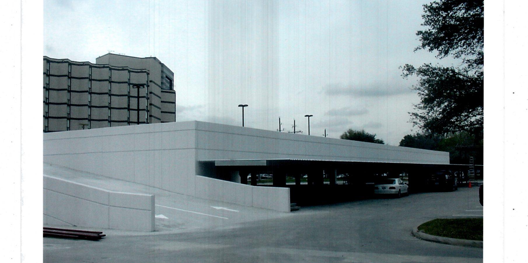 Hotel Sofitel Parking Garage
